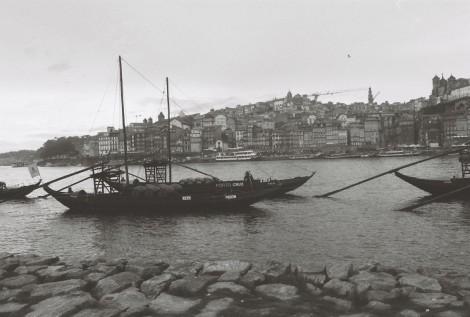 rabelo-auf-dem-rio-douro-porto-cais-de-gaia